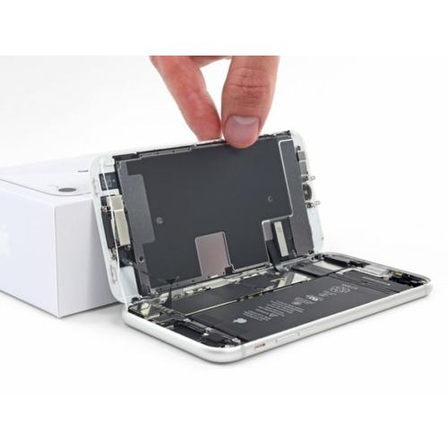iPhone SE (2020) kijelző csere